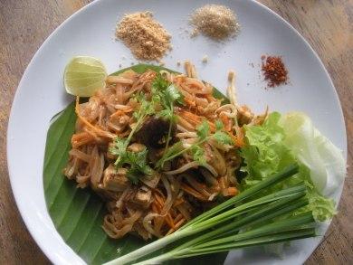 love this pad thai at Pun Pun (Wat Suan Dok, Chiang Mai)!
